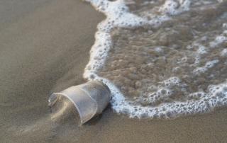 Es importante un buen proceso de filtrado para poder beber agua de mar con garantías.